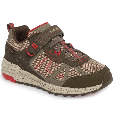 Stride Rite Owen Made 2 Play Running Shoes - Brown
