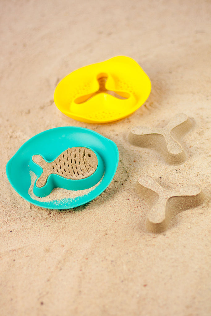 Quut Magic Shapers (Fish & Star) Beach and Bath Toy