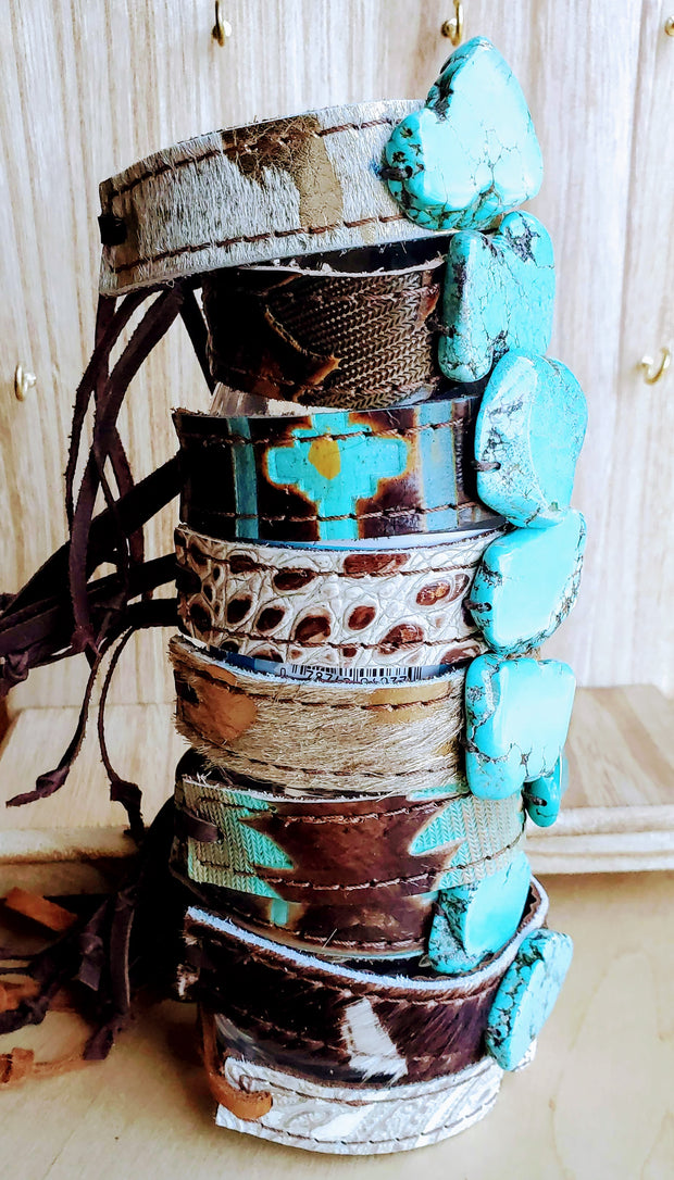 Narrow Leather Cuff w/ Turquoise Slab-Oyster Paisley 002h 1