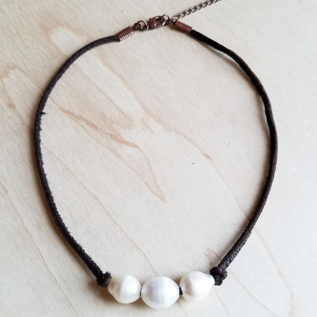 Triple Freshwater Pearl Brown Leather Choker Necklace 243d