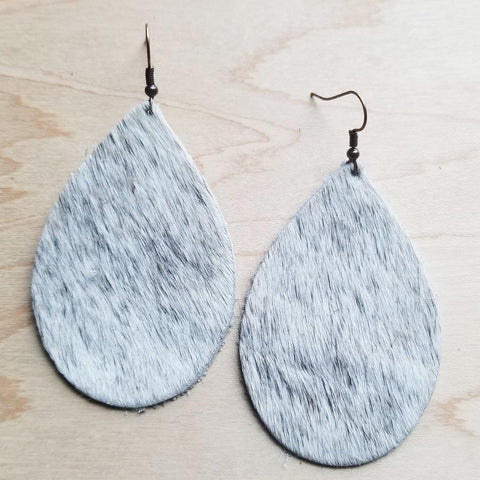 Leather Teardrop Earrings in White and Gray Hair-on-Hide 221y - The Jewelry Junkie