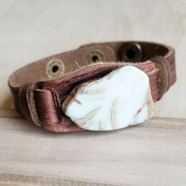 Aqua Terra Slab on Narrow Leather Cuff Bracelett 006c