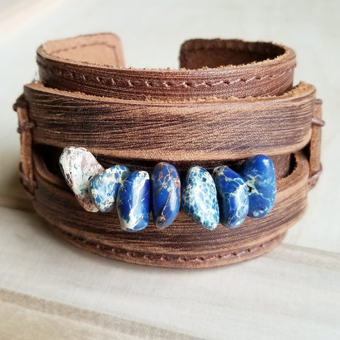 Dusty Leather Cuff with Navy Blue Regalite Gemstone Chunks 006e - The Jewelry Junkie