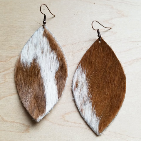 Leather Oval Earrings in Tan and White Hair-on-Hide 222c - The Jewelry Junkie