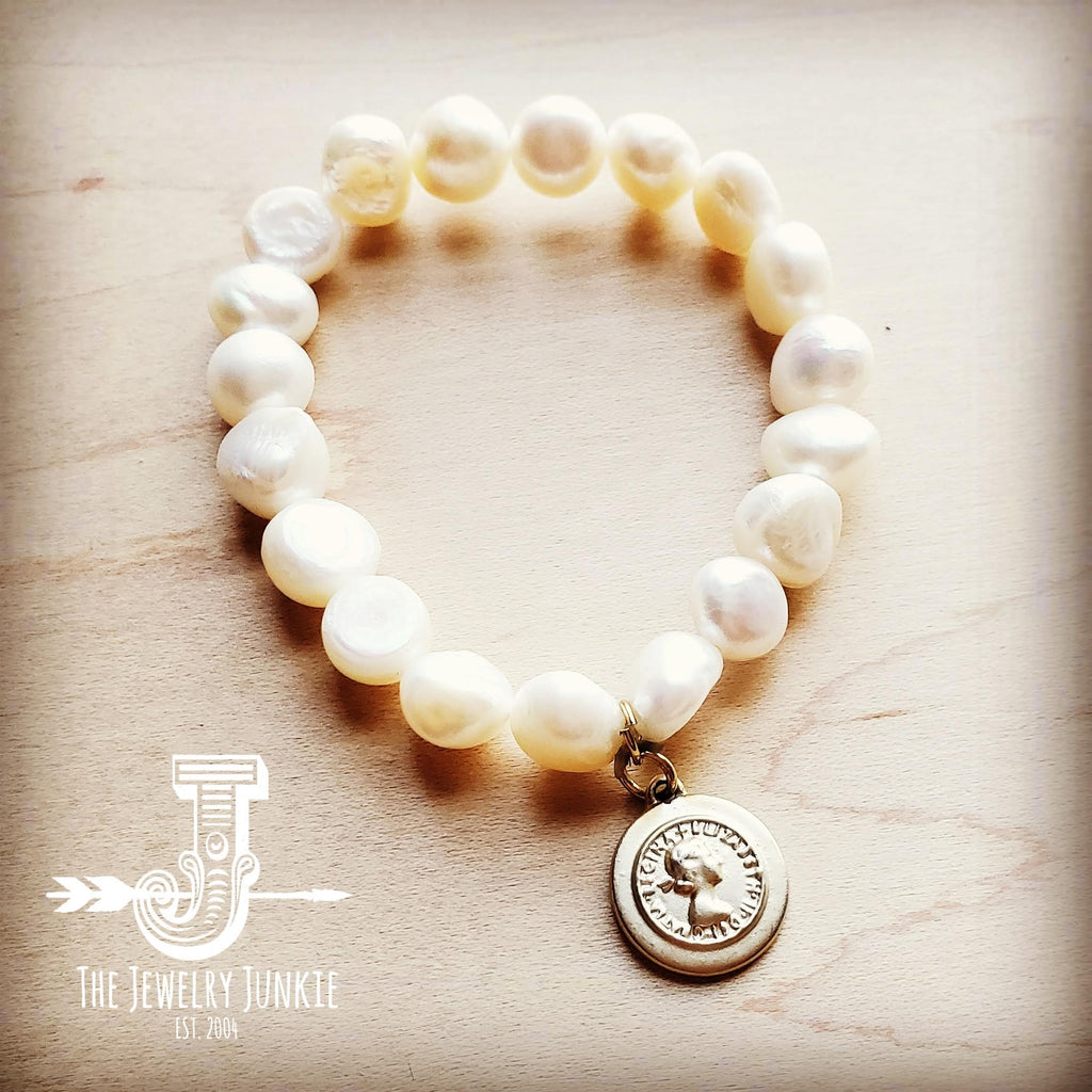 Freshwater Pearl Bracelet with Matte Gold Coin 804m