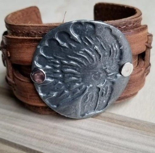 Molten Metal Leather INDIAN HEADDRESS Cuff Bracelet 069K - The Jewelry Junkie