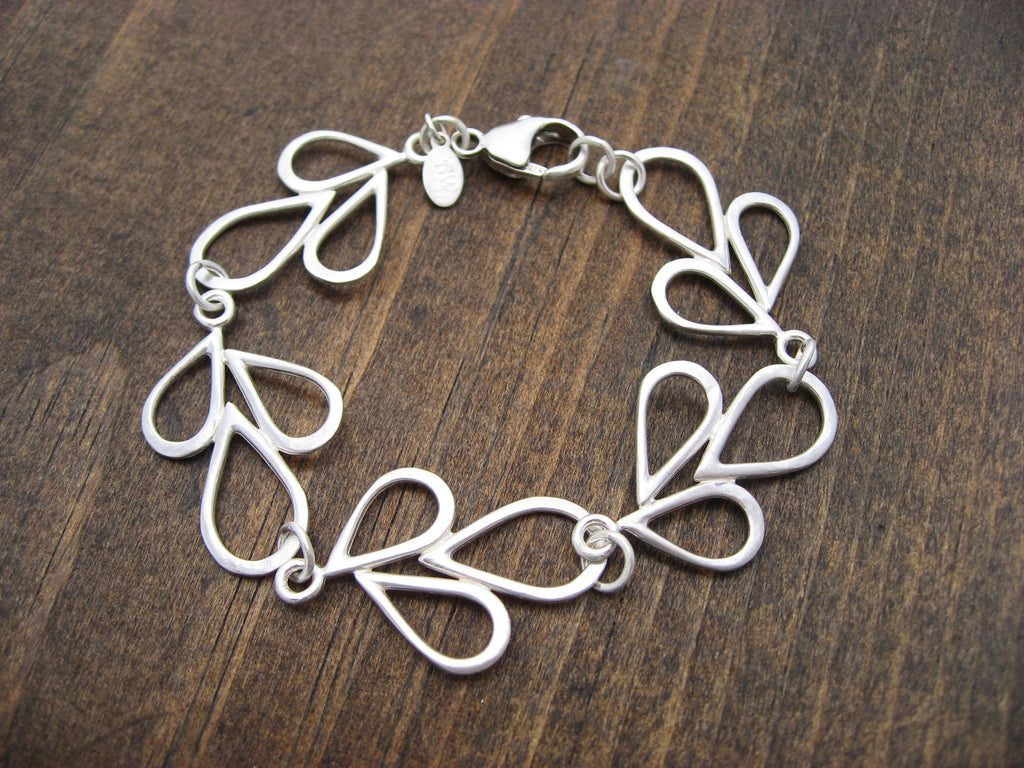 delicate hammered leaves bracelet