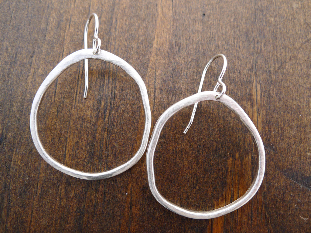 large rippled circle earrings