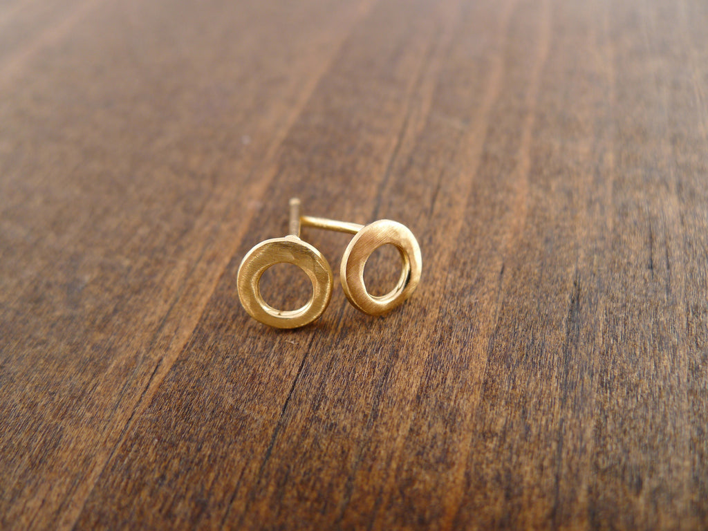 tiny hammered open circle post earrings