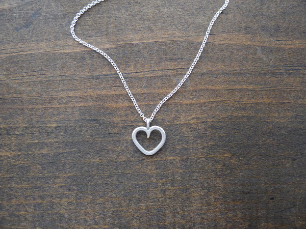 small silver heart necklace