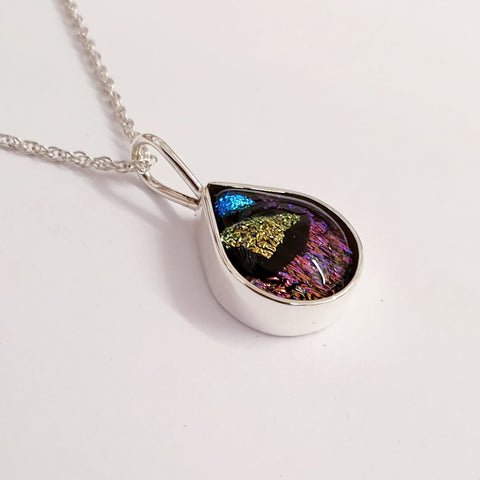 925 sterling silver surround  pendant