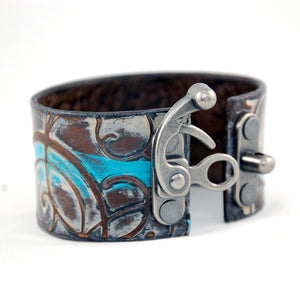 LC1 - Latch Clasp Leather Cuff with unique Metal Clasp - Fearless hART