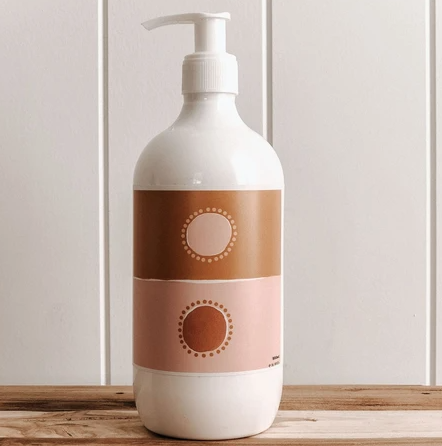 COMMONFOLK COLLECTIVE BOTANICAL HAND & BODY WASH: TWO SUNS