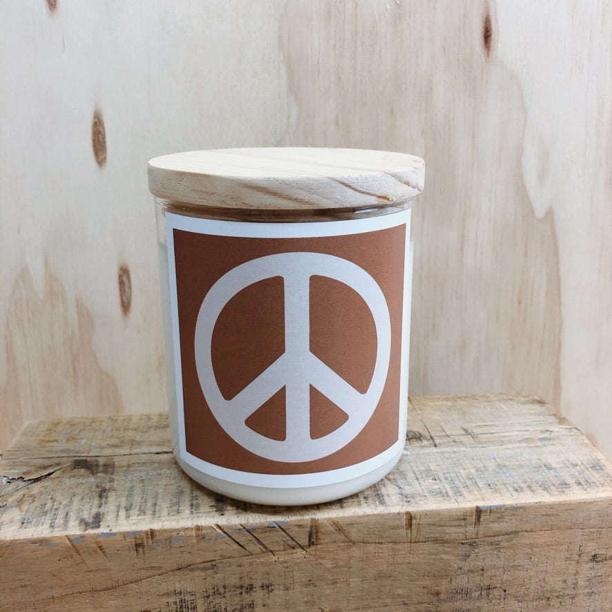 COMMONFOLK COLLECTIVE PEACE SIGN CANDLE: TAN/ MALI