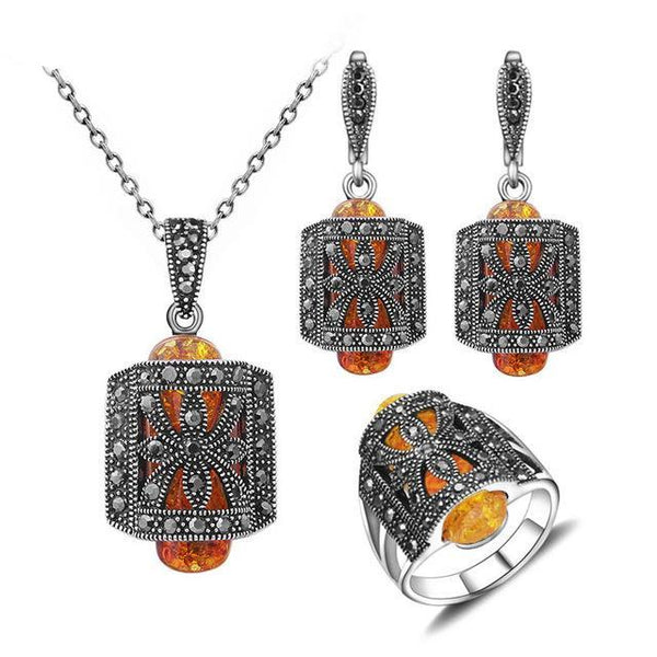 Unique Rhinestone Vintage Jewelry Set