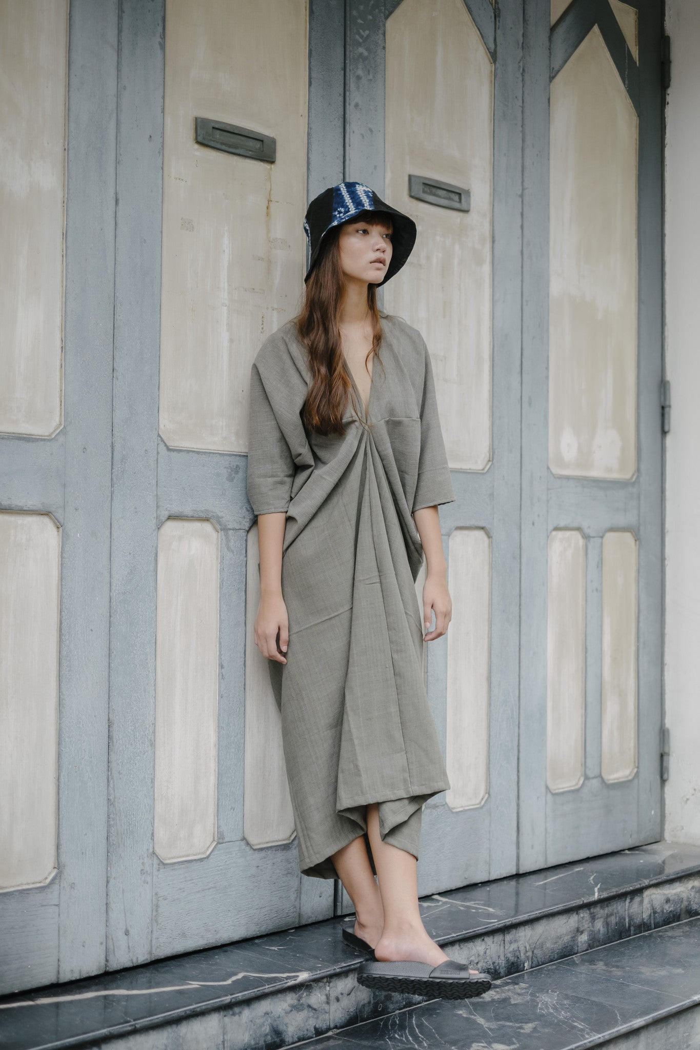 Long Kaftan Dress - Grey