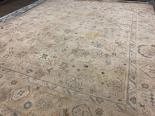 "8' x 9'11"" Hand-Knotted - 100% Wool - Area Rug"