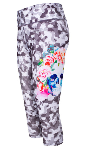 Female gym high waist capri legging - Grey blotch skull