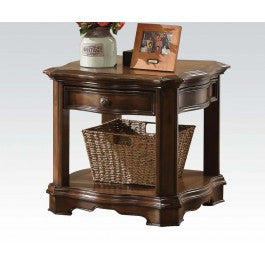 86172 Valletta End Table