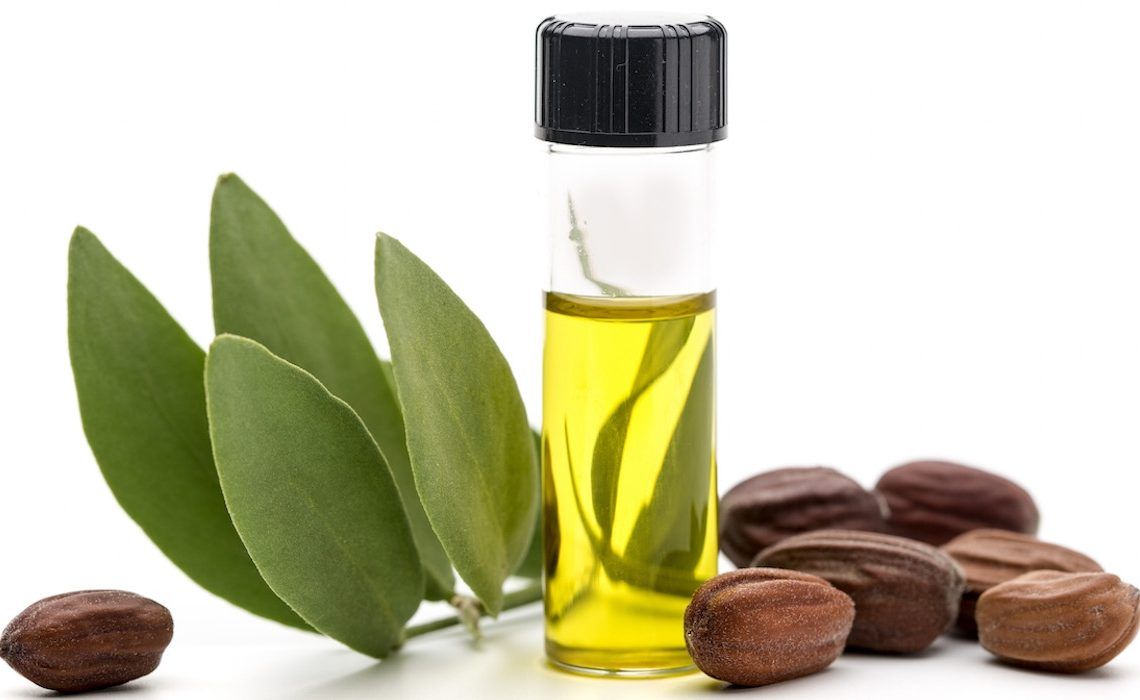 Best Oils for Beards: Jojoba Oil for Face