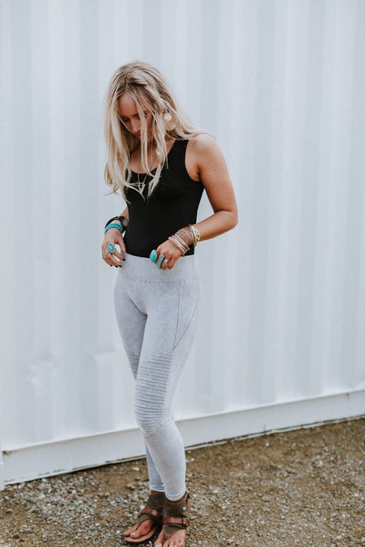 Rock & Roll Mineral Silver Gray Wash Yoga Moto Leggings