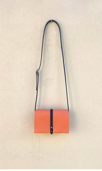 Gia Bag - Peach/Navy