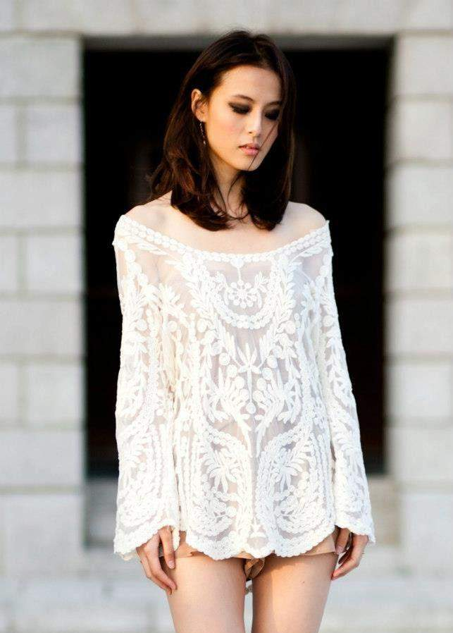 CLASSIC THREAD Don't Let It Go White Lace Top