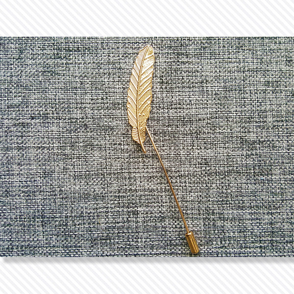 Feather Vintage Lapel