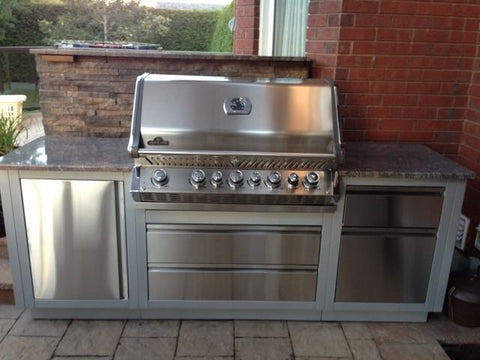 CLEARANCE - Outdoor Kitchen