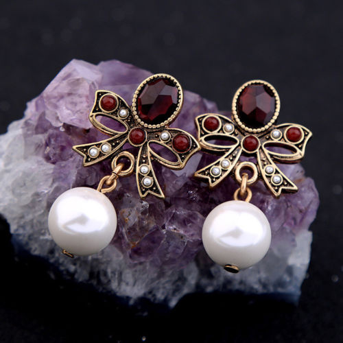 E4 Large Vintage Style Garnet Red Crystals Bow and Pearl Stud Earrings