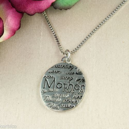 N6 Silver Plated Mother Mum Inscribed Pendant Necklace