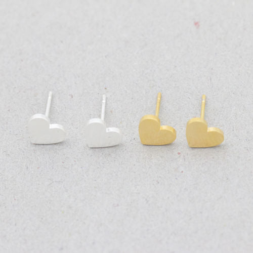 Dainty Simple Small Heart Stud Earrings with Gift Pouch