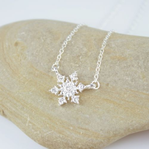 Dainty Silver Plated Snowflake Charm Pendant Necklace