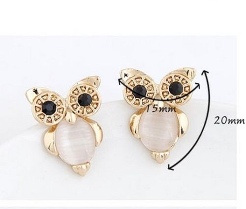 E19 Gold Plated Cream Catseye Stone Owl Stud Earrings