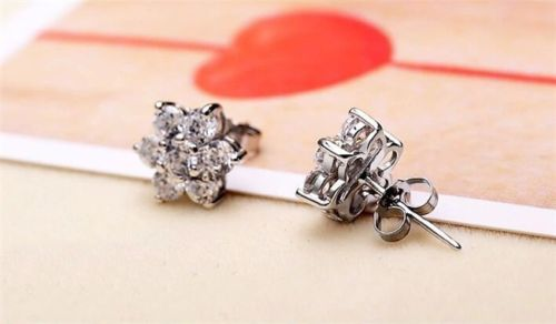 925 Sterling Silver Snowflake Flower Stud Earrings