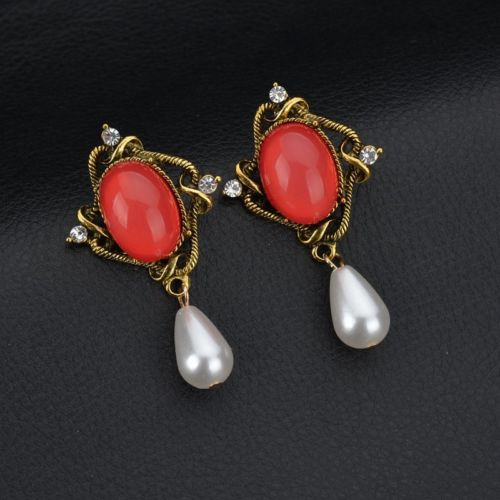 E22 Emma Victorian Vintage Style Crystal and Pearl Dangle Statement Earrings