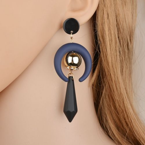 Lightweight Black and Gold Geometrical Acrylic Statement Dangle Earrings