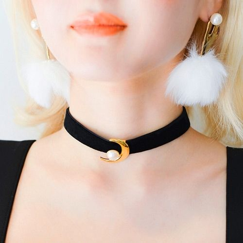 Adjustable Retro Lace Velvet Crystal Choker Boho Necklaces