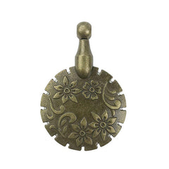 Notions - Clover Thread Cutter Pendant - Antique Gold # 455