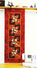 Table Runner & Wall Hanging - Marlous Designs - Seasonal Highlights