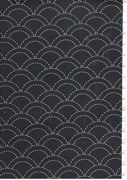 Sashiko Fabric - Pre-printed Sashiko Fabric - Clamshell - Dark Navy (Almost Black)