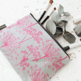 Stil Haven cow parsley dandelion print medium makeup bag