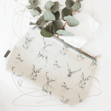 Stil Haven in the wild woodland print wash bag