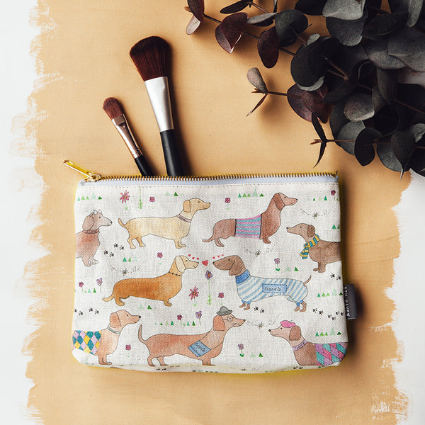 sausage dog dax make up bag
