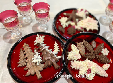 Iron Orchid Designs Moulds in the Kitchen...For the Holidays!