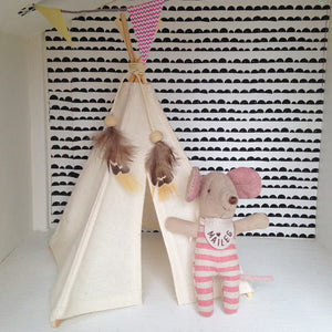 TEENY Tiny Dolls House Teepee