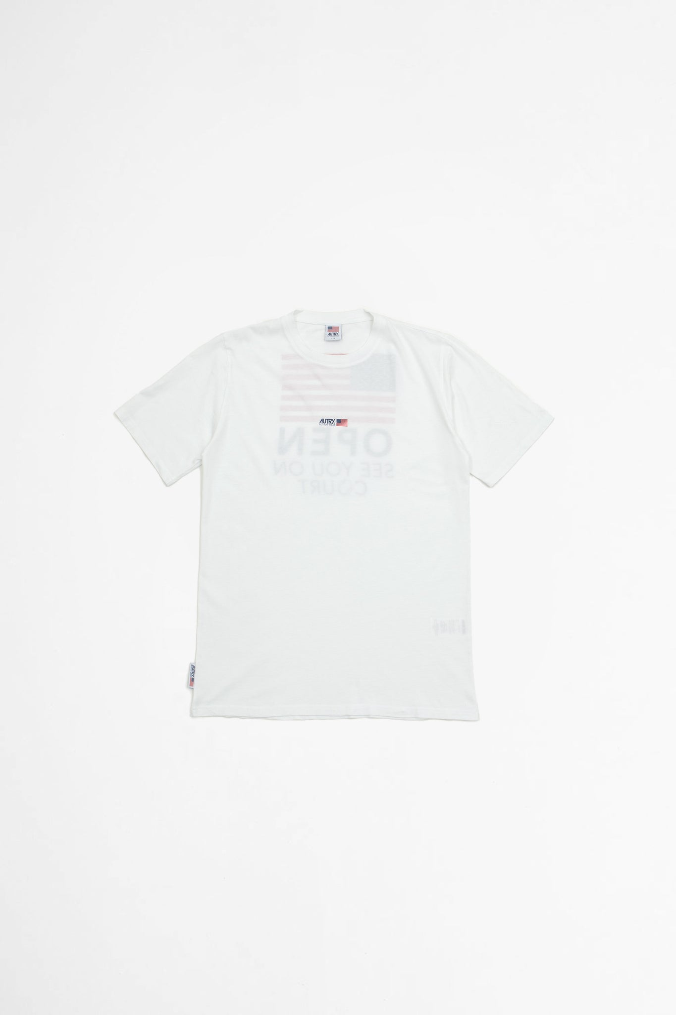 T-shirt flag white