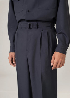 Belted pleat pants anthracite