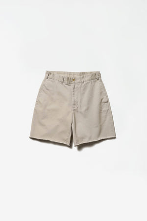 Cut-off chino shorts cement