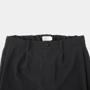 Deep tuck easy pants black